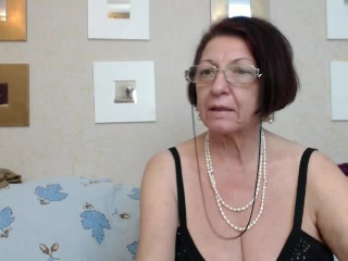 Uber-sexy Older woman LuztyFemme 1-2-1 sexy time ex gf finger-tickling