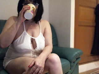 Gorgeous Mature wife Mouna strip cam prior gf masturbating my cooch